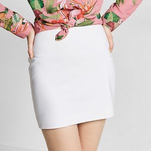 EXPRESS Fitted white mini skirt